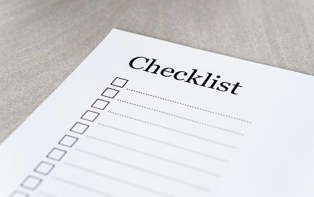 Checklistと書かれた用紙