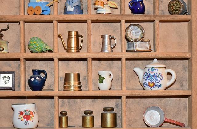 様々な小物のコレクション(道具)