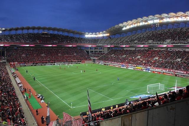 鹿島スタジアムのコートを高い所から見下ろした風景